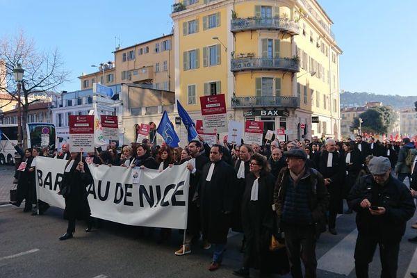Énorme présence du barreau lors de la manifestation à Nice