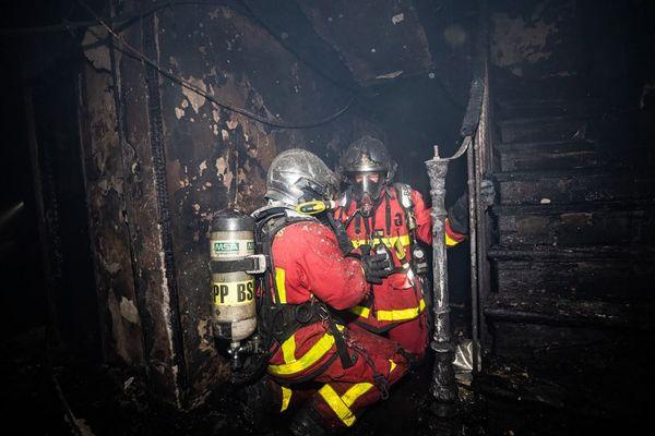 Un appartement a été ravagé par les flammes à Drancy dans la nuit de samedi à dimanche. (Illustration)