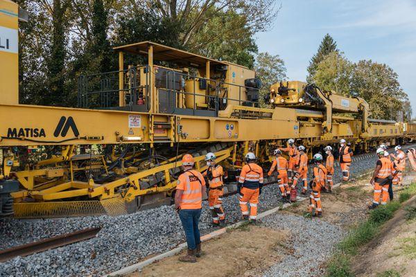 Les travaux ont duré près de 15 mois sur les 18 km de la ligne reliant Dinan à Dol-de-Bretagne