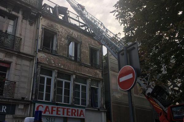 Dans la matinée du 1er août, un violent incendie s'est déclaré rue Paul Dubois à Troyes