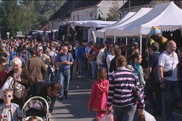 Le plus gros village du Jura, le temps d'un weekend : c'est Longwy-sur-le-Doubs. La foire agricole accueille chaque année près de 50 000 visiteurs
