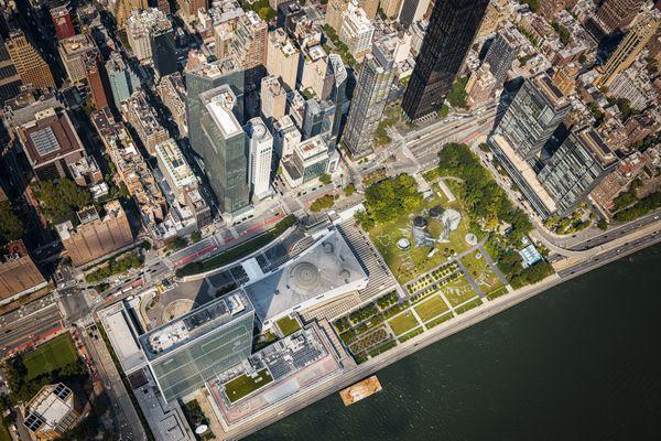 La dernière oeuvre de Saype s'expose au coeur de New York