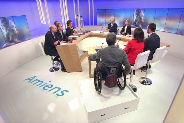 Les candidats à la mairie d'Amiens débattent sur le plateau de France 3 Picardie mercredi 11 mars 2020