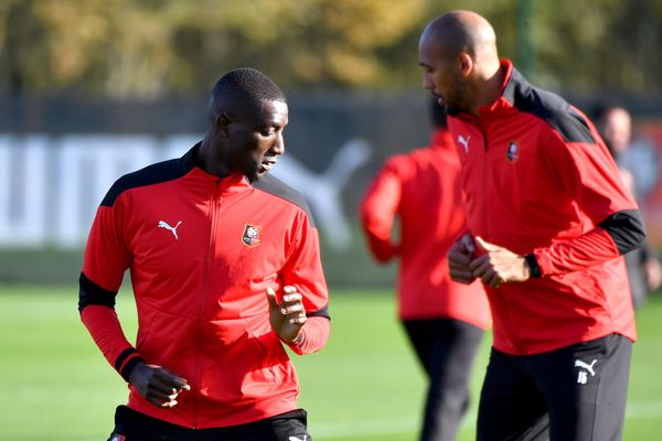 Face à Chelsea le 4 novembre, Sehrou Guirassy et Steven Nzonzi (ici ce 3 novembre à l'entraînement à la Piverdière) devront faire sans Eduardo Camavinga.