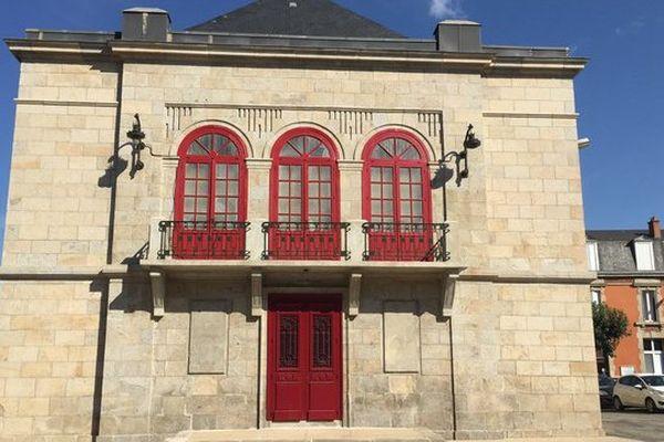 Le théâtre à l'italienne de Guéret ouvert au public pour les journées du patrimoine de 10 heures à 18 heures, en présence d'Anny Duperey dimanche