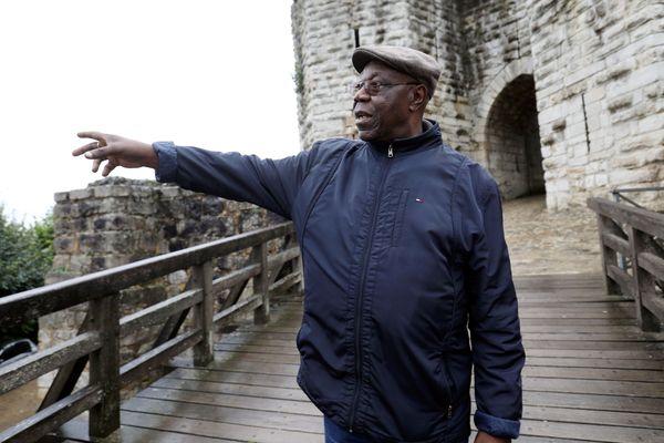 Le saxophoniste Manu Dibango était revenu faire une visite à Château-Thierry dans l'Aisne en octobre 2019.