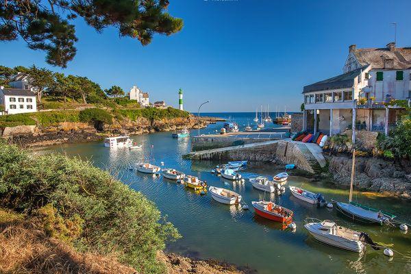 Barques bien sages dans le petit port de Doëlan - Clohars-Carnoët (29)