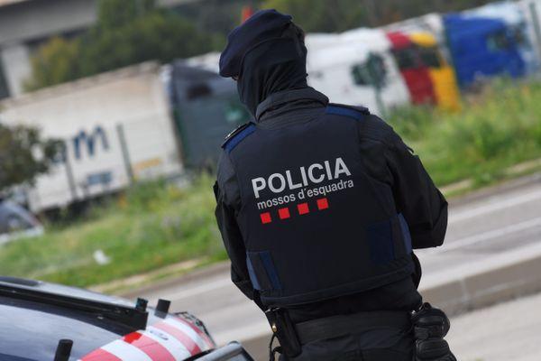Les mossos d'esquadra ont mis en place un centre de commandement sur l'A2 pour commencer à effectuer des contrôles