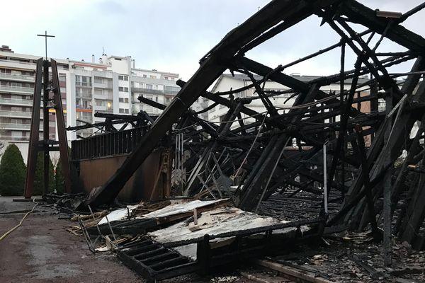 L'église Saint-Jacques a été entièrement détruite.