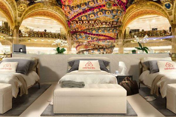 Dormir aux Galeries Lafayette la veille des soldes, ça vous tente ?