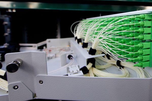 La fibre FTTH, ou l'internet très haut débit pour les particuliers.
