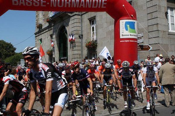 Les coureurs auront à parcourir un peu plus de 170 kilomètres entre Avranches et Saint-Martin-de-Landelles