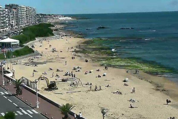 Sur la plage des Présidents aux Sables - d'Olonne décès d'un baigneur