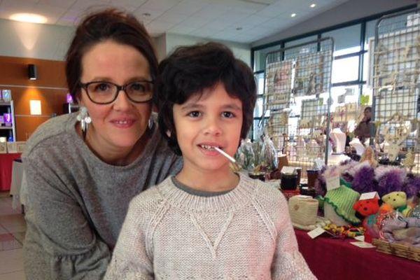 Sandrine Montenot et son fils.