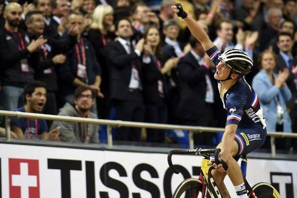 Le duo Bryan Coquard (ici en photo) - Morgan Kneisky a été sacré dans la course à l'américaine lors des Mondiaux de cyclisme de Saint-Quentin-en-Yvelines.