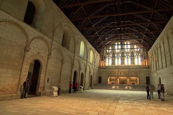 Depuis quelques mois, le palais des ducs d'Aquitaine s'est vidé des magistrats de la Cour d'appel et a repris sa fonction patrimoniale.