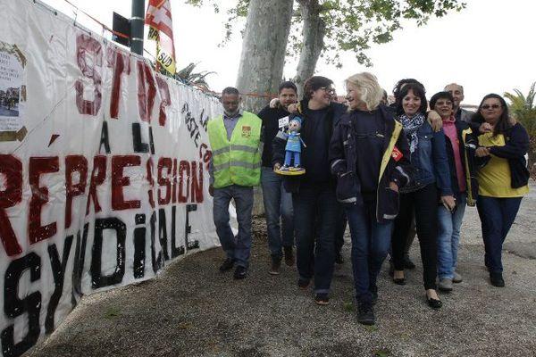 Les facteurs de Rivesaltes, dans les Pyrénées-Orientales, à leur 164ème jour de grève - 11 mai 2016