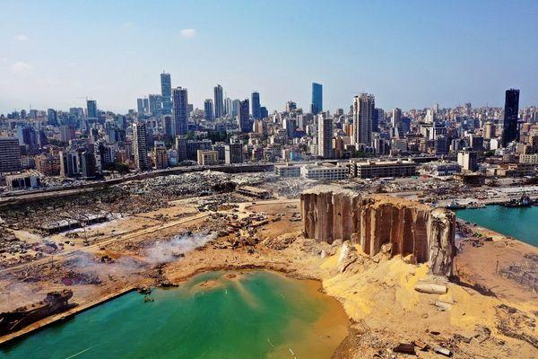 Vue aérienne du Beyrouth : la capitale du Liban est défigurée et meurtrie après la double explosion sur le port, le 4 août 2020, qui a fait une centaine de morts et 4.000 blessés selon un bilan provisoire.