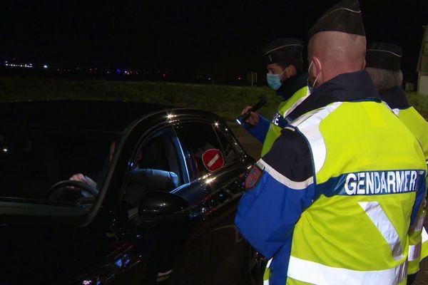 Le dispositif de contrôles routiers pour la nuit de la Saint-Sylvestre, a été mis en place dès le 30 décembre au péage Dijon-Sud de l'autoroute A 311.