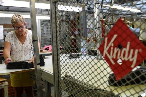 Finalement rachetée il y a un an, l'entreprise Kindy, située dans l'Oise, commence à remonter la pente.