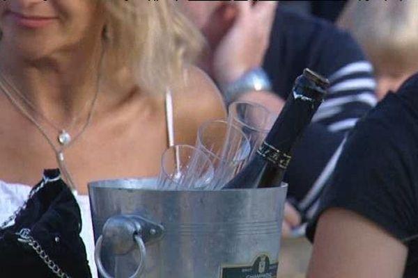 Le 14 juillet, un moment toujours festif. (L'abus d'alcool est dangereux pour la santé).