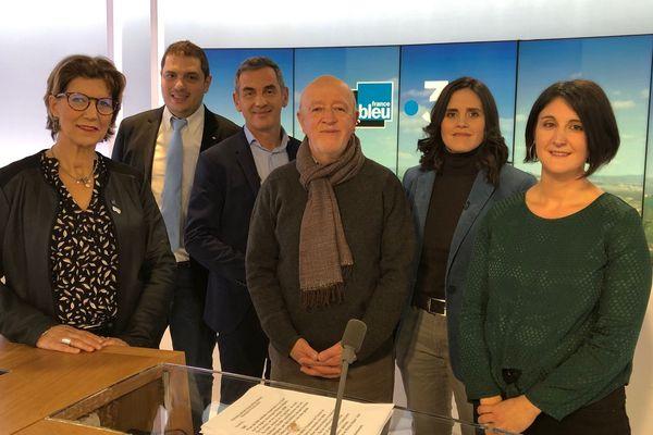 Autour de Véronique Narboux et Olivier Michel, les invités de l'émission spéciale France Bleu/France 3