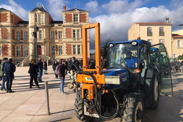 Vingt tracteurs ont renforcé les rangs de la manifestation