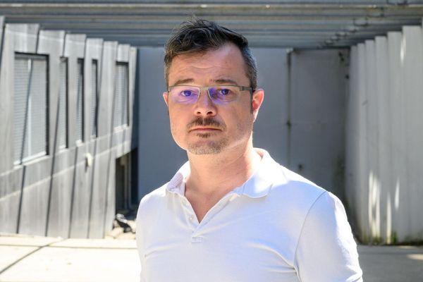Yann Gaudin, agent de Pôle emploi spectacle (pour les intermittents) qui dérange. Il est soutenu par une pétition.