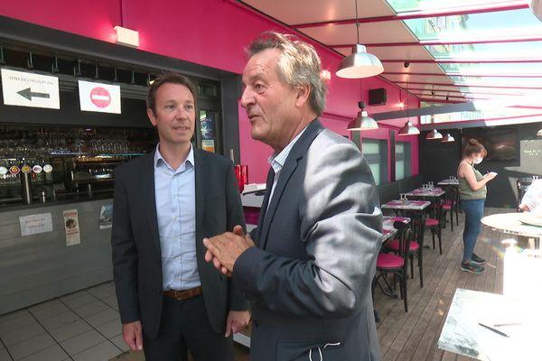 Christophe Riche (à droite sur l'image) a choisi d'investir durant la crise dans ce restaurant.
