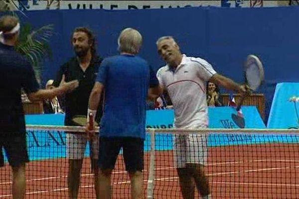 """Classic tennis tour : des """"légendes"""" de la raquette à Gerland (25/09/14)"""