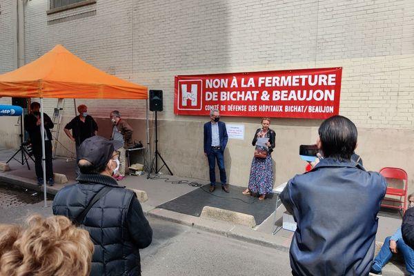 Mobilisation contre la fermeture des hôpitaux Bichat et Beaujon.