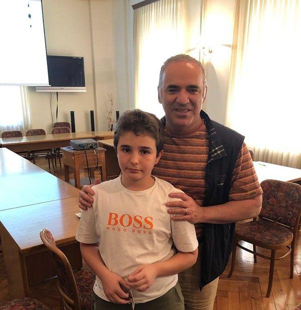 Marc'Andria Maurizzi avec Garry Kasparov, l'un des plus grands champions de tous les temps