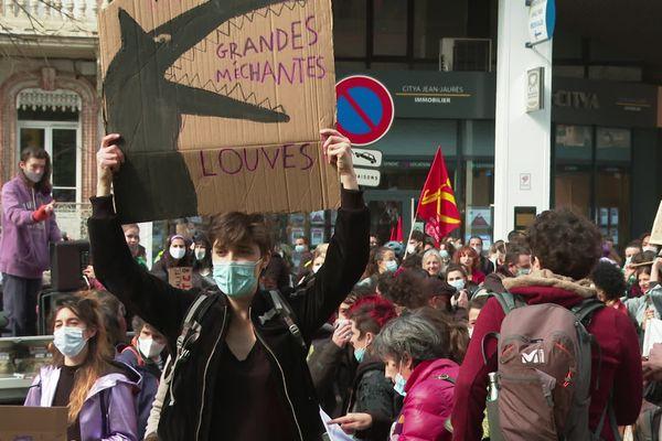 Manifestation dans les rues de Toulouse lundi 8 mars pour la journée internationale des droits de la femme