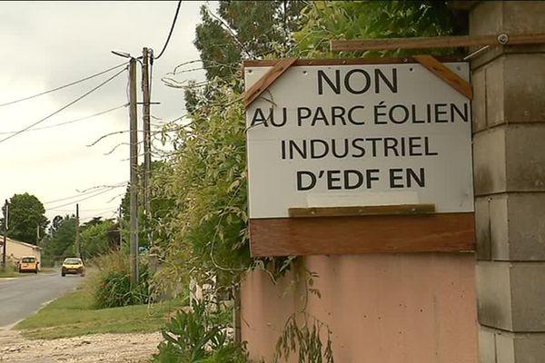 Le projet de parc éolien suscite une forte opposition dans les communes de l'estuaire de la Gironde.