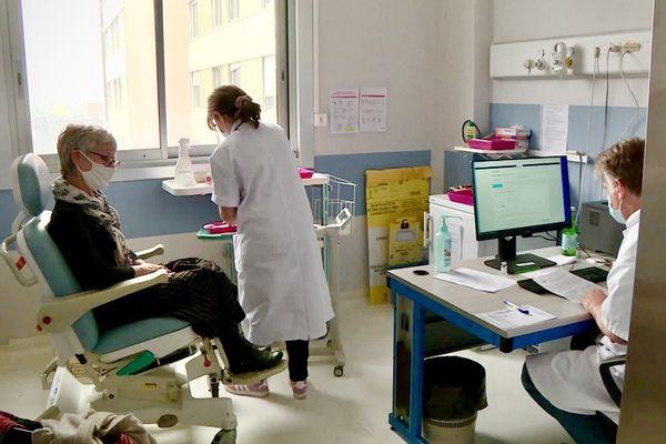 Dans le centre de vaccination du CHU de Limoges