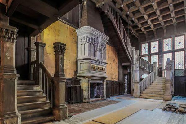 Les travaux dans la salle Renaissance de la maison Pierre Loti