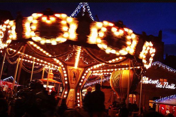 Le carrousel du marché de Noël à Besançon