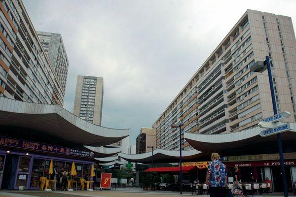 Tours d'habitation du quartier chinois des Olympiades, dans le 13ème arrondissement.