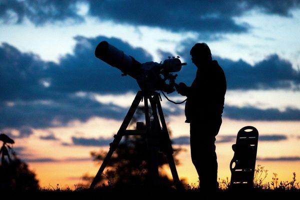 Des animations seront organisées dans le Grand-Genève pour observer le ciel sans pollution lumineuse.
