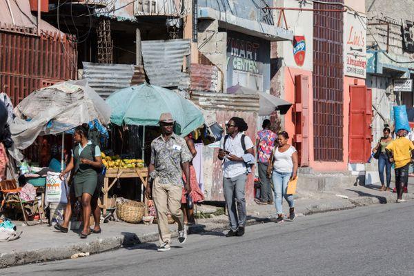 Dans une rue d'Haiti, 12 avril 2021