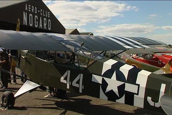 35 avions et près de 500 voitures anciennes étaient présents sur le circuit et sur la piste de Nogaro (32) ce week-end.