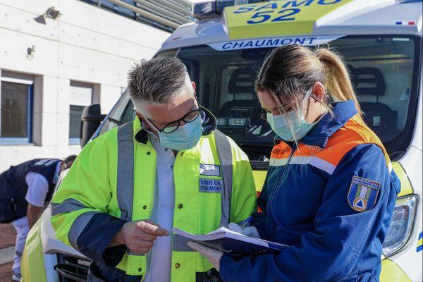 Les bénévoles de la Protection civile de Haute-Marne sont présents chaque jour à l'hôpital de Chaumont.