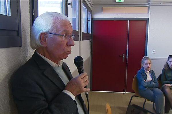 À 84 ans, Jacques Saurel continue de témoigner sur l'horreur qu'il a vécue.
