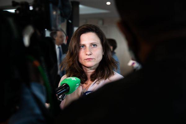 La ministre Roxana Maracineanu lors de la conférence de presse du 1er Juillet.