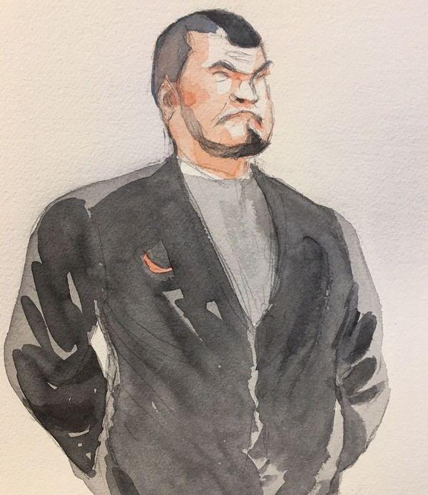 """Debout, dans le box des accusés en février 2020, Loïc Vantal : """"Je suis d'accord avec mon avocat."""""""