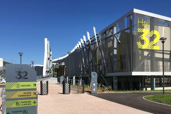 Impulsé par des grandes acteurs économiques de la région Auvergne-Rhône-Alpes, le Hall 32 a été inauguré à Clermont-Ferrand le vendredi 13 septembre.