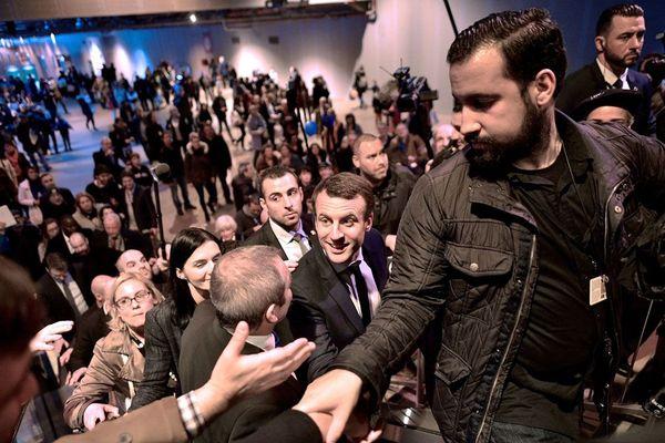 Mars 2017 : Alexandre Benalla et Emmanuel Macron au Salon International de l'Agriculture
