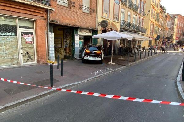 L'accrochage place des Carmes à Toulouse a fait deux blessés dont un en urgence absolue.