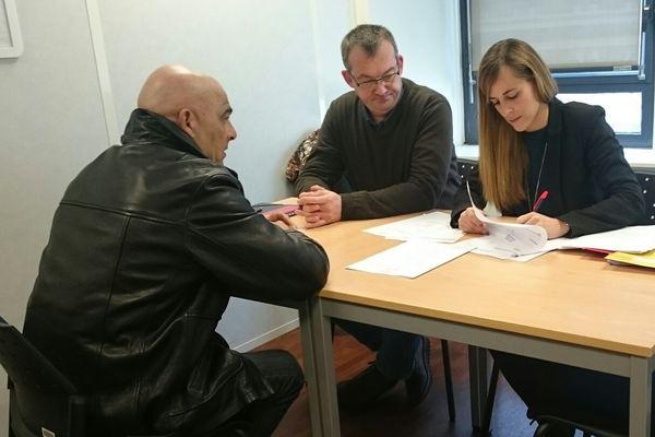 La campagne de recrutement par Mesea pour l aLGV Tours-Bordeaux a commencé.