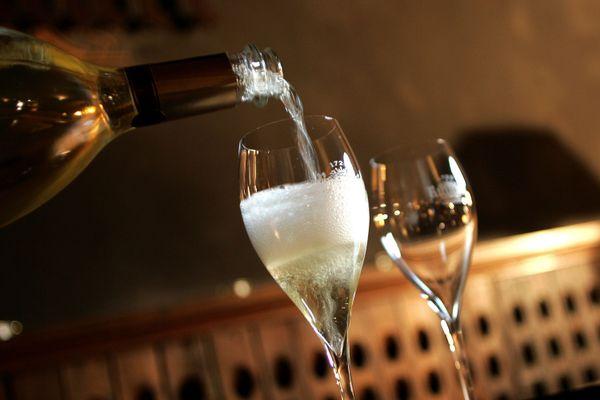Le champagne risque de moins couler en cette fin d'année morose.